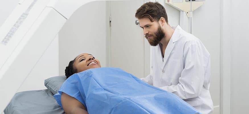 Densitometria óssea: Para que serve e quem deve fazer este exame? | Radioclínica